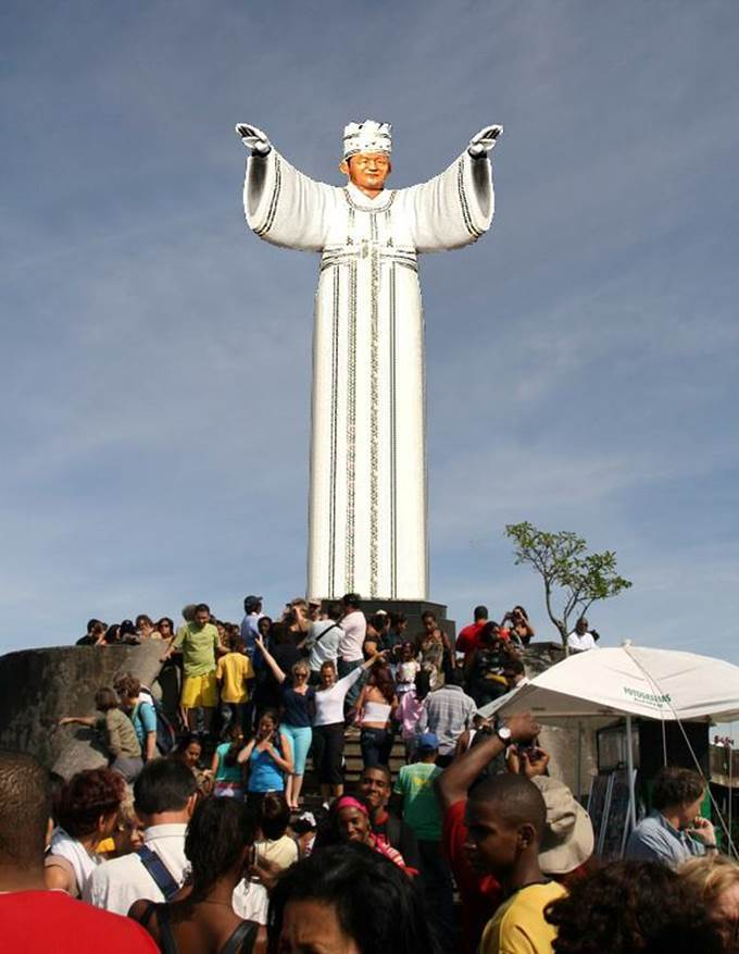 Statue of the Messiah.jpg